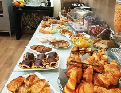 hotel charleville Mézières petit déjeuner buffet
